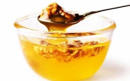 Imagine Amestec de miere de salcam si nuca 220 grame