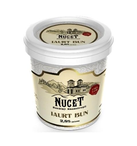 Imagine Iaurt Nucet 2.8% grasime, 900 gr.